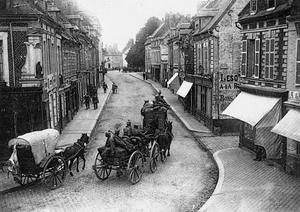 THE GERMAN OCCUPATION OF DOULLENS DURING THE FIRST WORLD WAR