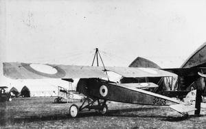 THE ROYAL NAVAL AIR SERVICE (RNAS), 1914-1918.