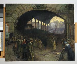 Victoria Station 1918 : The Green Cross Corps (Women's Reserve Ambulance) guiding soldiers on leave