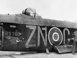 ROYAL AIR FORCE BOMBER COMMAND, 1942-1945.