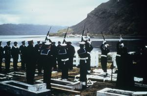FUNERAL OF ARGENTINE PETTY OFFICER, APRIL 1982, SOUTH GEORGIA: PHOTOGRAPH BY ROYAL NAVY OFFICIAL PHOTOGRAPHER.