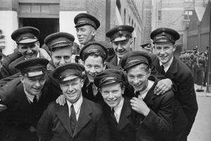 THE MERCHANT NAVY TRAINING ESTABLISHMENT, HMS GORDON, GRAVESEND, KENT, ENGLAND, JUNE 1941
