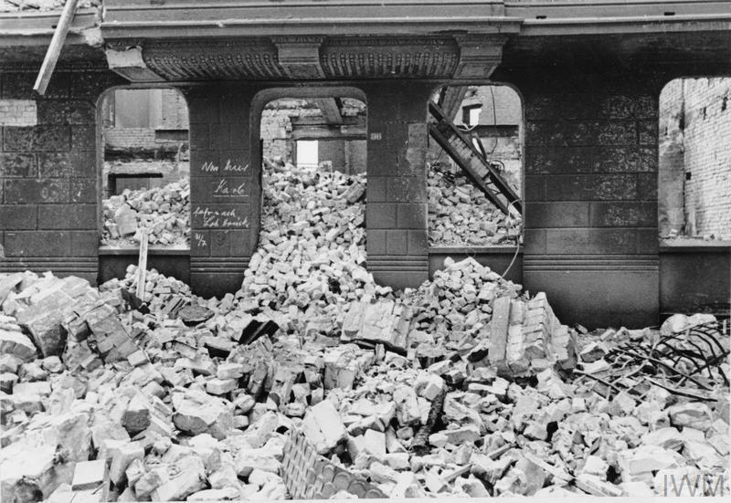 ROYAL AIR FORCE RAIDS ON HAMBURG, JULY 1943