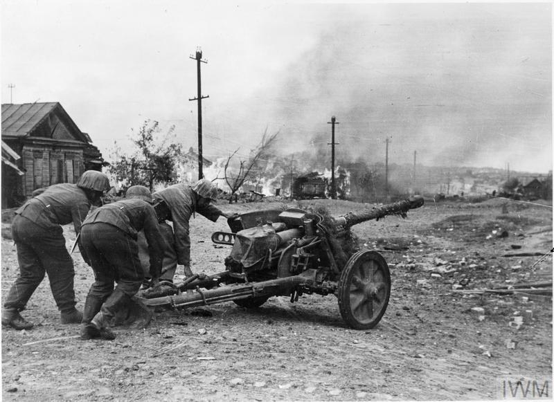 German 50 Mm Anti Tank Gun: THE GERMAN ADVANCE ON STALINGRAD SEPTEMBER 1942 (HU 5167