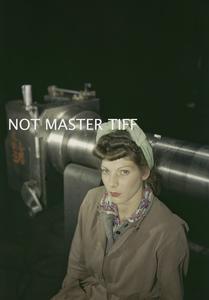 WOMEN WAR WORKERS IN BRITAIN, 1943