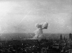 V1 FLYING BOMB ATTACKS ON LONDON