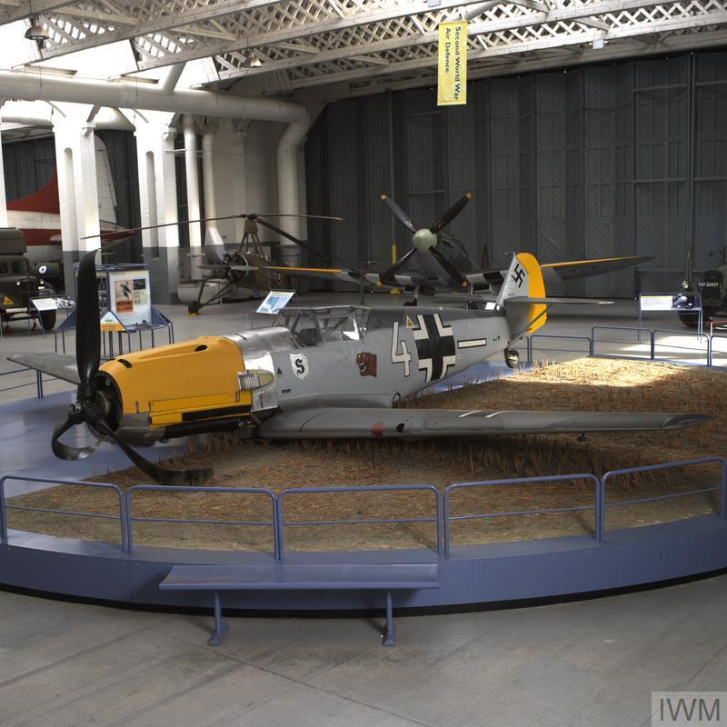 Messerschmitt Bf109E-3 ( Me 109E )