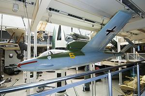 Heinkel 162A-1 Salamander