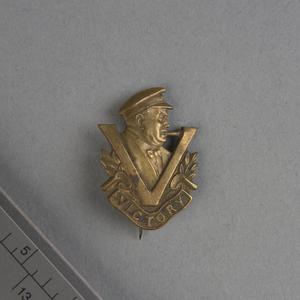 badge, lapel: British