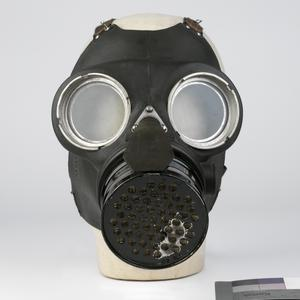 Respirator, Anti-Gas, Civilian Duty (Queen Mary)