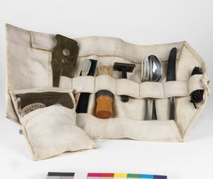 Holdall (for shaving kit/spare laces/clothing repairs etc): British Army