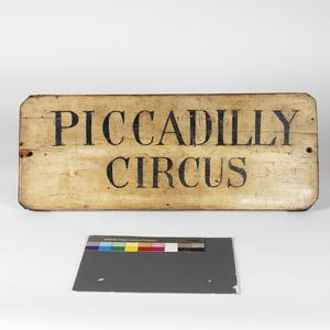 location sign, 'Piccadilly Circus