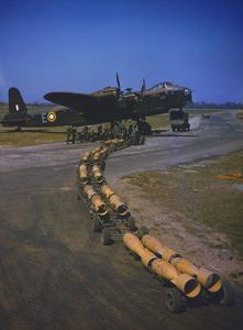 THE ROYAL AIR FORCE IN BRITAIN, APRIL 1942