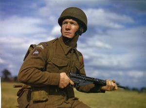 PARATROOP TRAINING IN BRITAIN, OCTOBER 1942