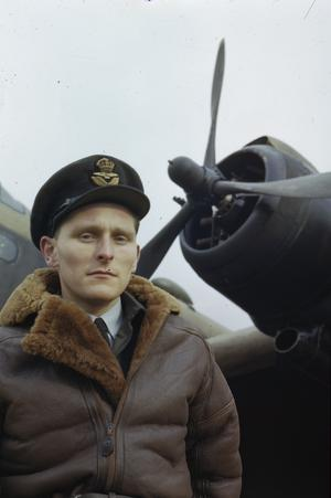 BOMBER PILOTS OF THE ROYAL AIR FORCE, OCTOBER 1943
