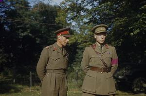HM KING GEORGE VI WITH THE BRITISH LIBERATION ARMY IN BELGIUM, OCTOBER 1944