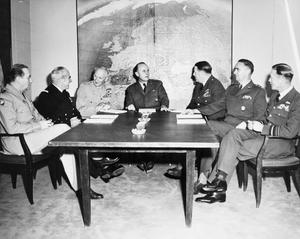 SUPREME HEADQUARTERS ALLIED FORCES EUROPE 1945 - 1975