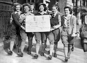 THE WOMEN'S LAND ARMY IN BRITAIN DURING THE SECOND WORLD WAR