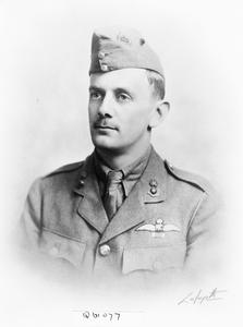 FIRST WORLD WAR VICTORIA CROSS HOLDERS' PORTRAITS (AVIATION)