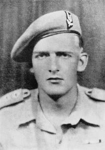 SECOND WORLD WAR: VICTORIA CROSS HOLDERS' PORTRAITS (GENERAL)