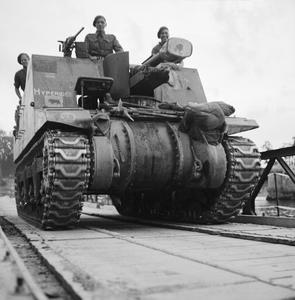 11TH ARMOURED DIVISION ADVANCE OVER THE SEINE, AUGUST 1944