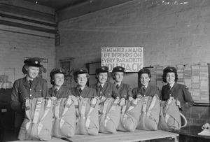 THE WOMEN'S AUXILIARY AIR FORCE IN BRITAIN, 1939-1945
