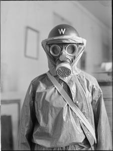 ANTI-GAS CLOTHING FOR AIR RAID WARDENS, 1941
