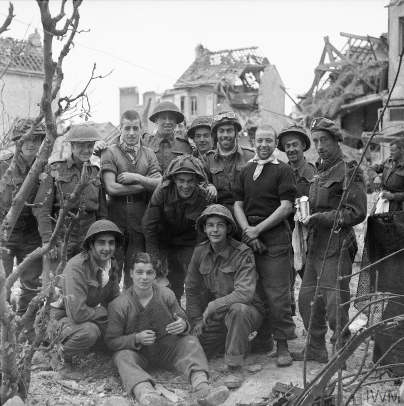 The British Army In Normandy 1944 B 6887