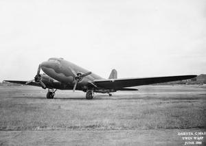 AMERICAN AIRCRAFT IN ROYAL AIR FORCE SERVICE 1939-1945: DOUGLAS DAKOTA.