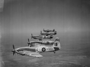 AIRCRAFT OF THE ROYAL AIR FORCE 1939-1945: HAWKER HURRICANE.