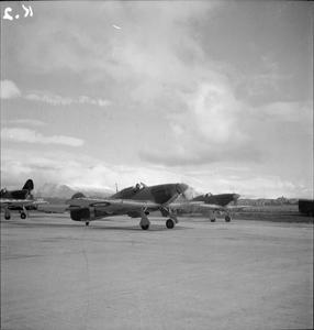 AIRCRAFT OF THE ROYAL AIR FORCE 1939-1945: HURRICANE MARK I (HAWKER)