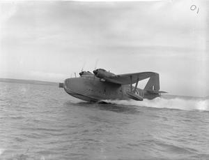 AIRCRAFT OF THE ROYAL AIR FORCE 1939-1945: SARO S.36 LERWICK.