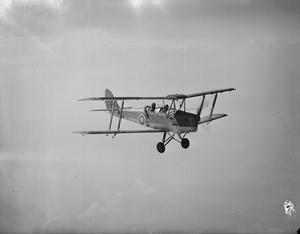 AIRCRAFT OF THE ROYAL AIR FORCE 1939-1945: DE HAVILLAND DH 82 TIGER MOTH.