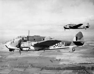 AIRCRAFT OF THE ROYAL AIR FORCE 1939-1945: BRISTOL TYPE 152 BEAUFORT.