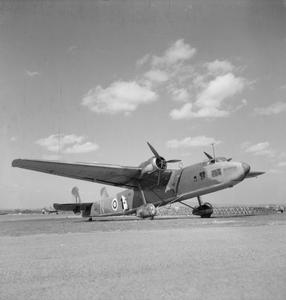 "AIRCRAFT OF THE ROYAL AIR FORCE 1939-1945:HANDLEY PAGE HP.54 HARROW and ""SPARROW""."
