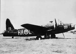AIRCRAFT OF THE ROYAL AIR FORCE 1939-1945: VICKERS WELLINGTON.