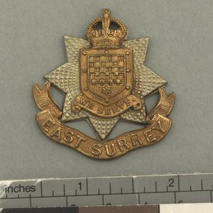 badge, headdress, British, 13th Battalion, East Surrey Regiment (Wandsworth)