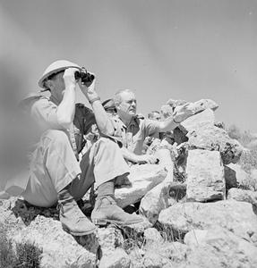 GENERAL WAVELL VISITS THE FRONT IN SYRIA AND WATCHES OPERATIONS DURING HIS STAY