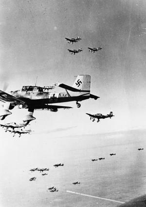 THE GERMAN AIR FORCE IN THE WESTERN DESERT