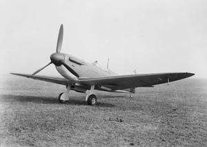 AIRCRAFT OF THE ROYAL AIR FORCE, 1939-1945: SUPERMARINE SPITFIRE