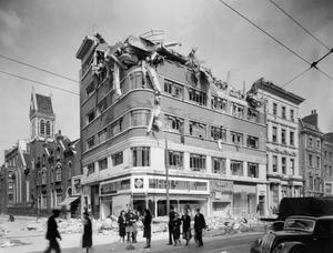 BOMB DAMAGE IN LONDON