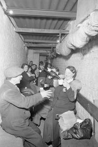 THE BLITZ, 1940-1941
