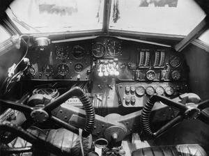 AIRCRAFT OF THE ROYAL AIR FORCE 1939-1945: DE HAVILLAND DH.86.