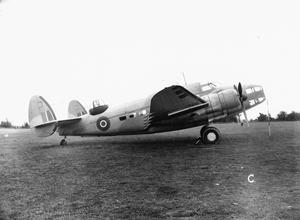 AMERICAN AIRCRAFT IN RAF SERVICE 1939-1945: LOCKHEED L-214 & L-414 HUDSON.