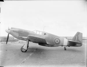 AMERICAN AIRCRAFT IN ROYAL AIR FORCE  SERVICE, 1939-1945: NORTH AMERICAN NA-73 & NA-102 MUSTANG.
