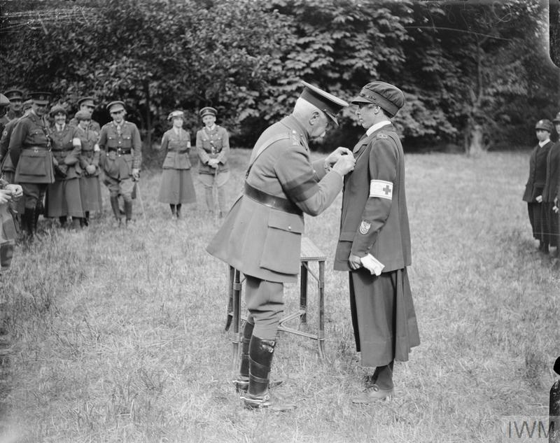 voluntary aid detachment and first aid English: the voluntary aid detachment (vad) was a voluntary organisation providing field nursing services, mainly in hospitals, in the united kingdom and various.