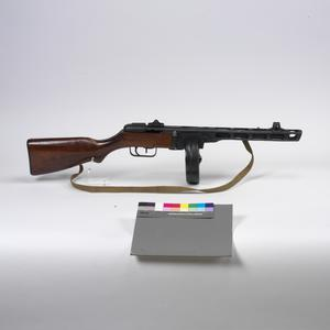 PPSh 41 submachine-gun