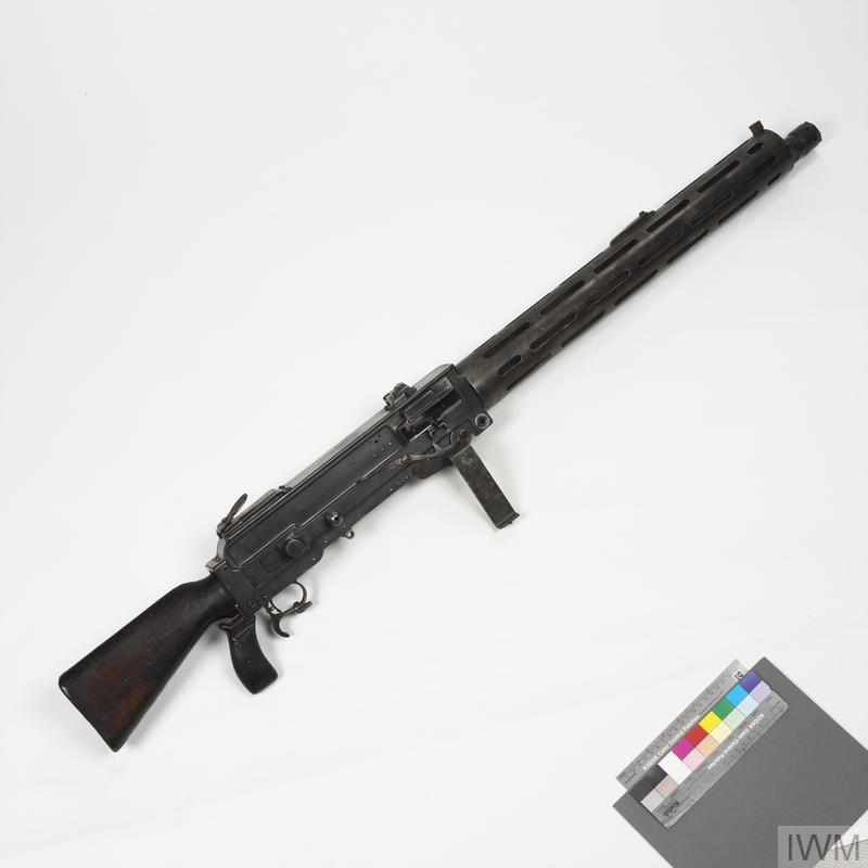 Parabellum M1913 [2nd issue] (IWM) & Parabellum l.MG 14