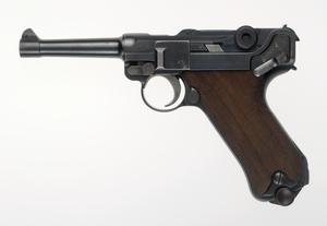 Pistole 08 [3rd Issue] (IWM) & Luger