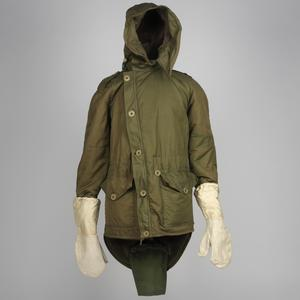 Parka, Winter Combat, 1952 Pattern (with attached gloves): British Army